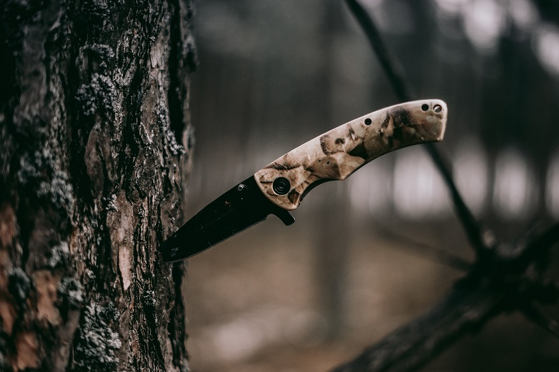 types of survival knife